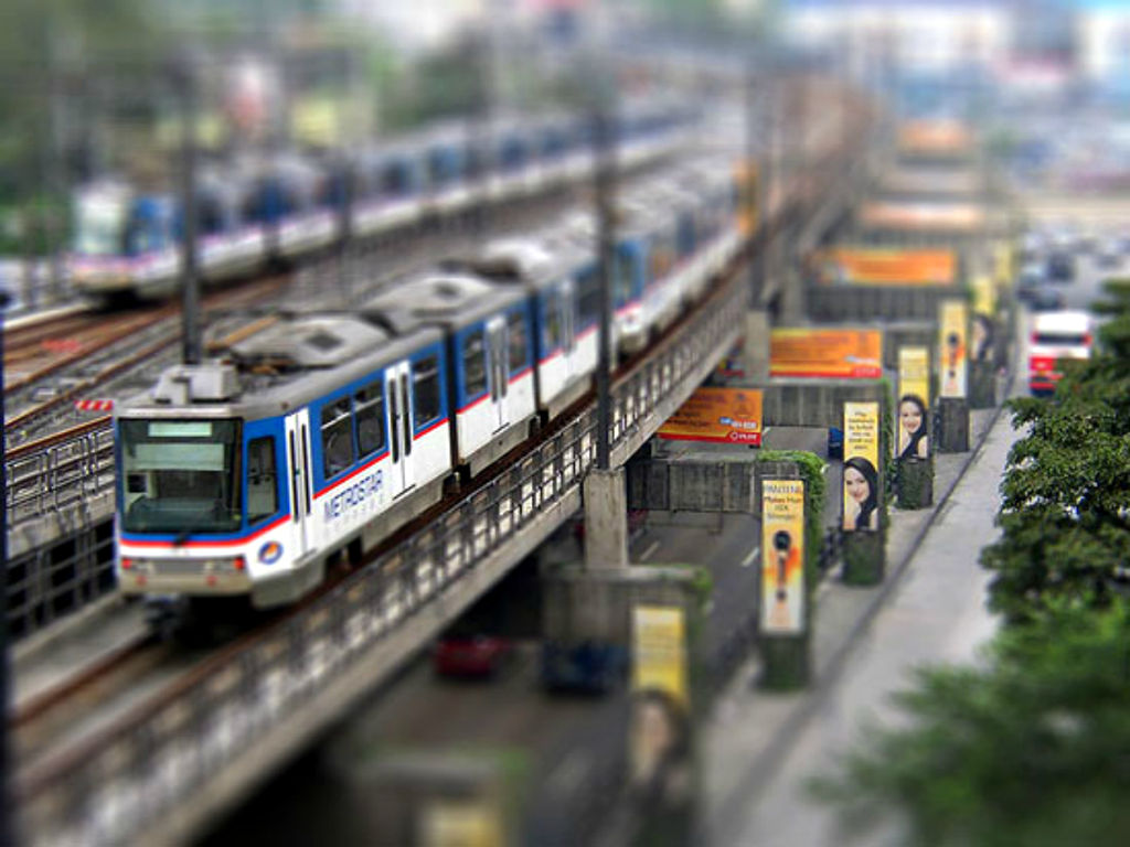 train image with miniature effect