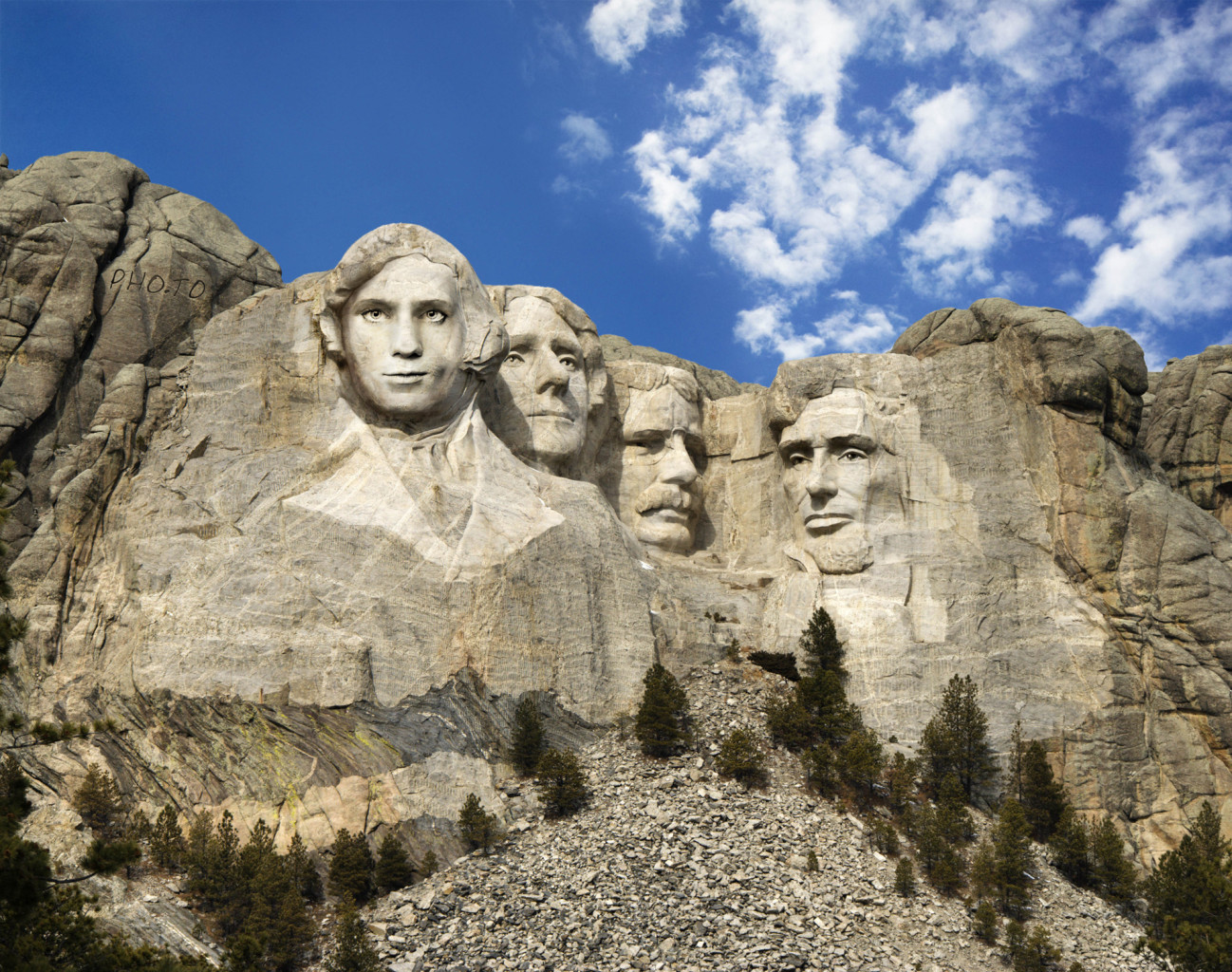 mount-rushmore-face-in-hole